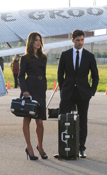 """Rimowa, ingeniería alemana al servicio de una maleta tan """"trendy"""" como sus nuevos embajadores"""