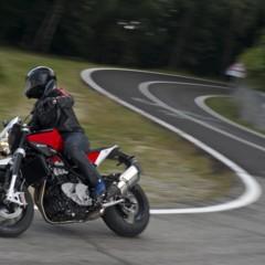 Foto 10 de 111 de la galería husqvarna-nuda-900-y-900r-datos-y-fotos-oficiales en Motorpasion Moto