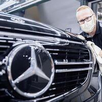 China se afianza en Alemania: los coches híbridos de Mercedes-Benz llevarán motores desarrollados junto a Geely