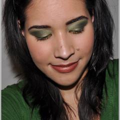 Foto 4 de 4 de la galería look-de-fiesta-ojos-en-verde-y-oro en Trendencias