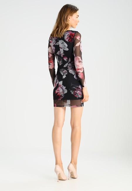 Vestido de Miss Selfridge rebajado un 45% ahora por sólo 24,70 euros y envío gratis ¡Ahorro de más de 20 euros!