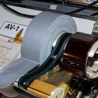 Este dispensador de cinta americana se usa en la Estación Espacial Internacional, y lo han diseñado estudiantes de instituto