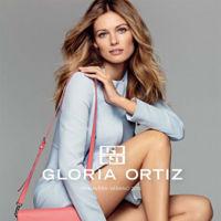 Gloria Ortiz se sube al tacón más cómodo en su nueva colección de zapatos (¡ficha sus bolsos!)
