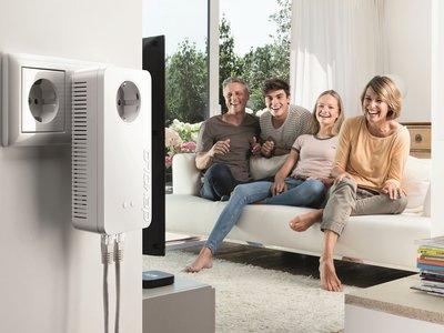 Devolo presenta sus novedades para 2018: nuevos adaptadores PLC, WiFi  y redes Mesh en el hogar