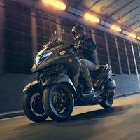 Yamaha patenta un triciclo basado en el scooter Yamaha TMAX 560, futuro rival del Piaggio MP3 500