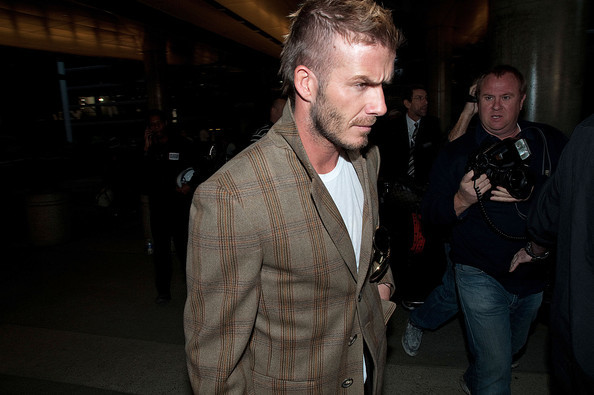 Foto de David Beckham con el nuevo tupé: trucos para ocultar las entradas y la caída del pelo (15/19)