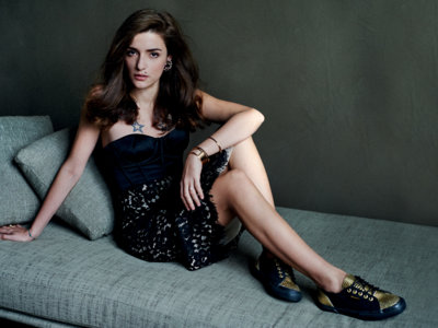 La 'it girl' Eleonora Carisi nos propone looks de fiesta con las Superga