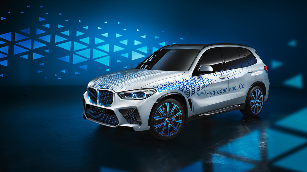 El primer coche de hidrógeno de BMW alcanzará los 374 CV, aunque