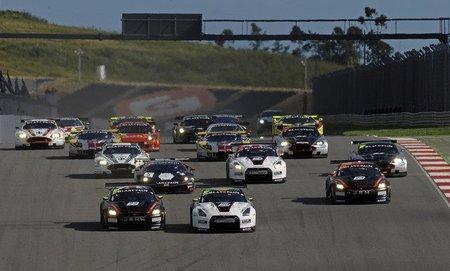 El equipo JR Motorsports Nissan gana ambas carreras del FIA GT1 en Portimao