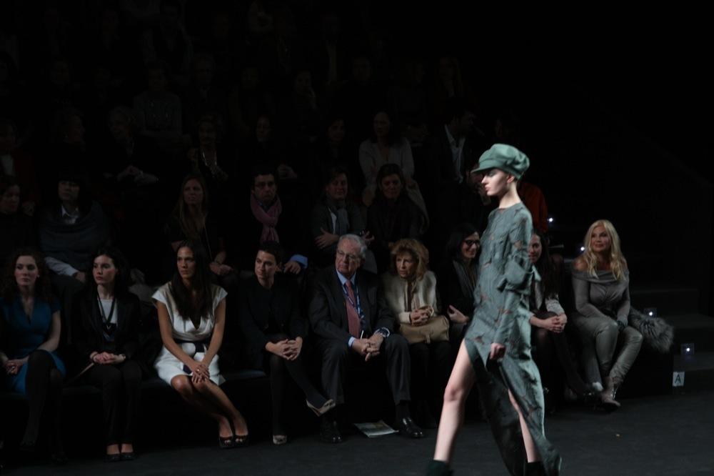 Foto de Jesús del Pozo en la Cibeles Fashion Week Otoño-Invierno 2011/2012 (27/71)
