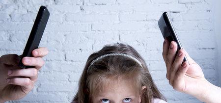 A tu móvil no le afecta que no le prestes atención, a tus hijos sí