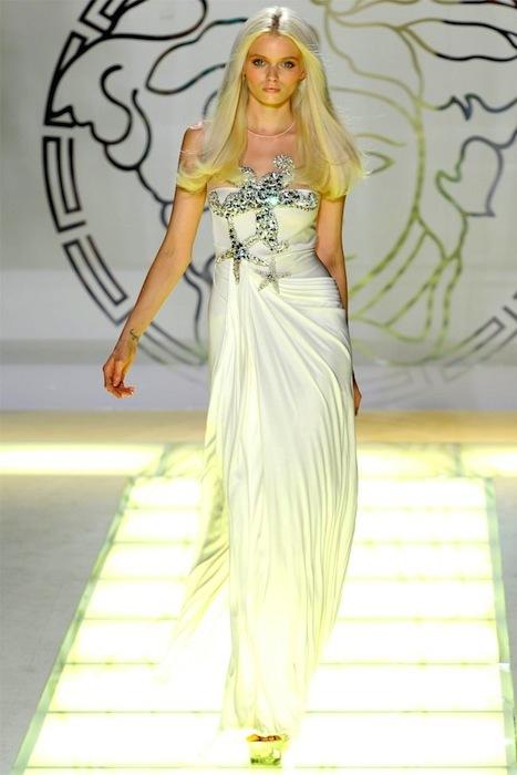 Foto de Versace Primavera-Verano 2012 (42/44)
