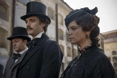 """""""En 'La Templanza' los hombres están en el pasado y las mujeres en el futuro"""". Juana Acosta"""