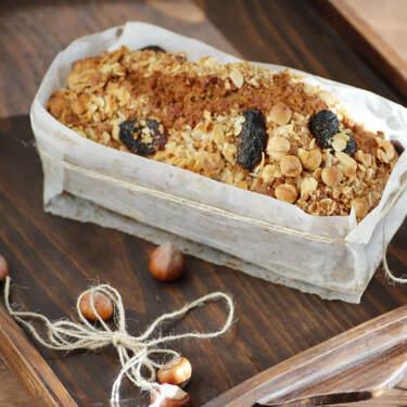 Receta de cake de ron con frutos secos, un rico bizcocho de sabores tostados