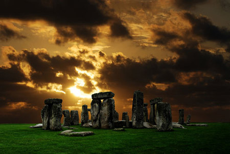 Solsticio multitudinario en Stonehenge