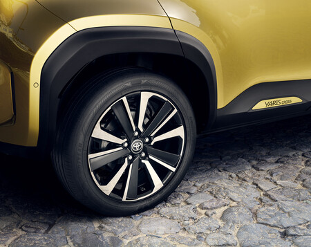 Toyotayariscrosselectrichybrid Lanzamiento16