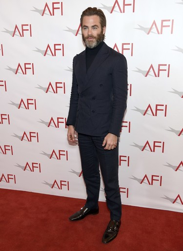 Chris Pine le gana la partida a Ryan Golsing en los Premios AFI