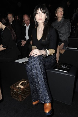 daisy lowe louis vuitton