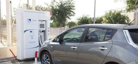 Pagar los puntos de recarga para coches eléctricos es cosa de todos los implicados, según la CNMC