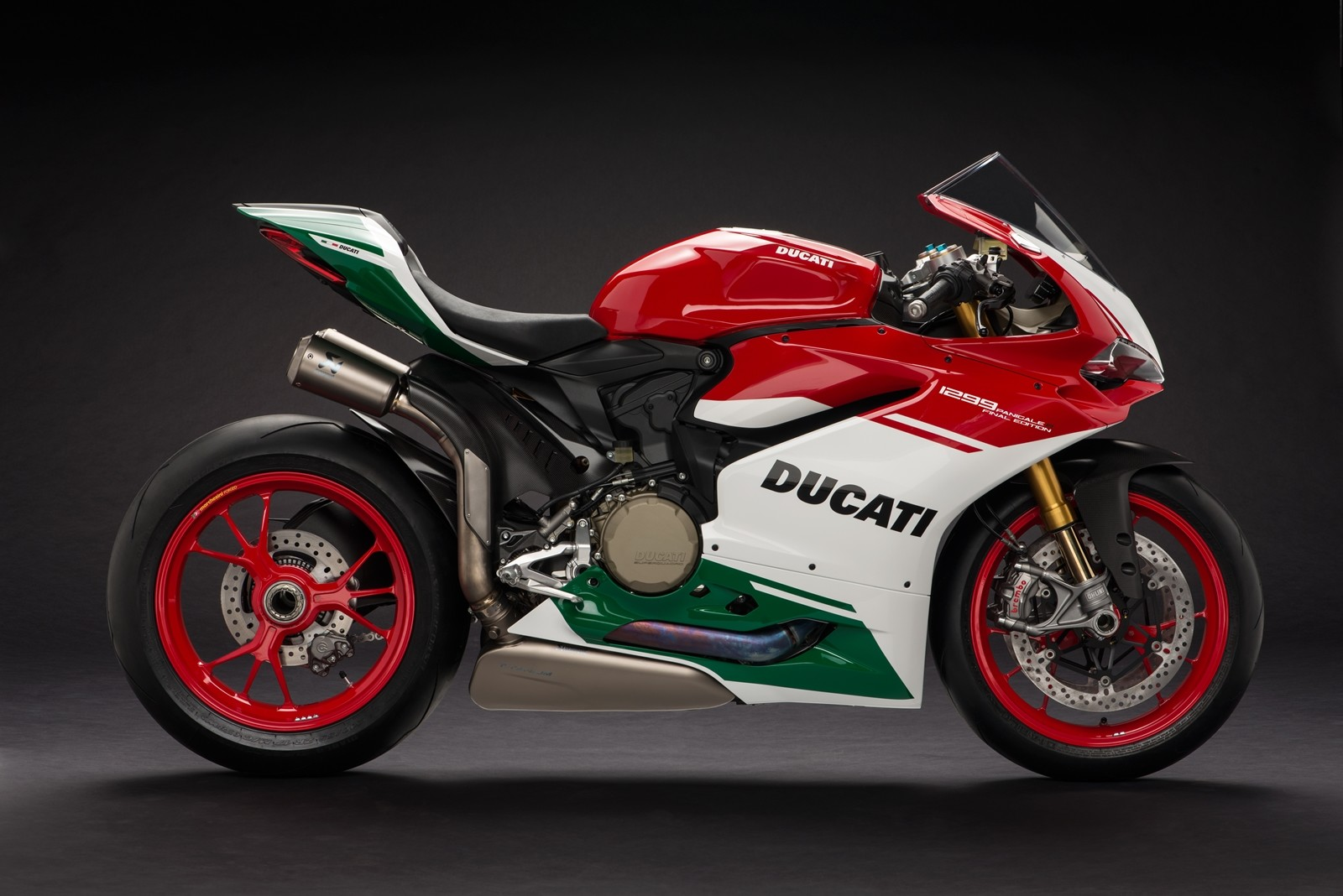 Foto de Ducati 1299 Panigale R Final Edition (56/58)