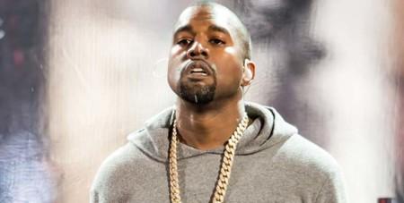 Kanye West presenta su primer juego con su madre como protagonista