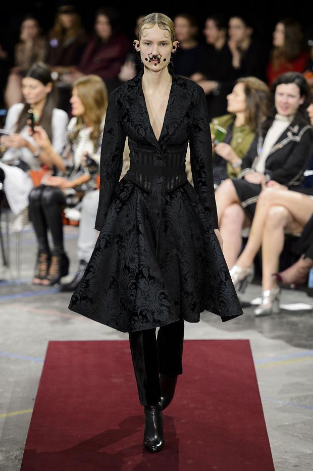 Foto de Givenchy colección Otoño-Invierno 2015/2016 (9/47)