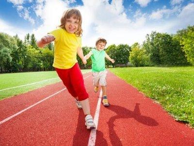 """¿Tus hijos parecen tener energía inagotable? Entonces te encantará el """"juego de los niveles"""""""