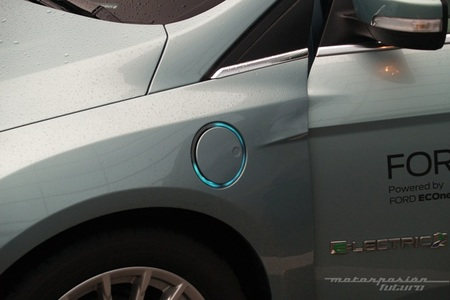 Ford Focus eléctrico toma de contacto en Dearborn (exterior) 08