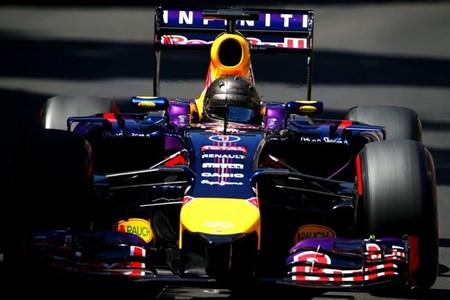 Sebastian Vettel continúa con su particular idilio con el RB10