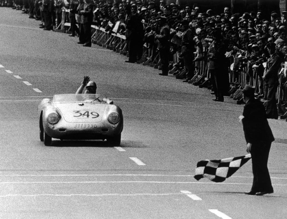 Foto de Historia de Porsche de 1940 a 1980 (24/29)