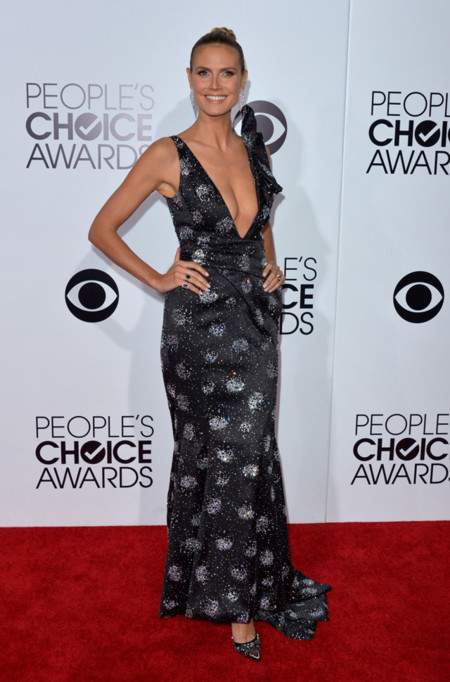 Peoples Choice Awards 2014 tendencias en vestidos de fiesta Heidi Klum Armani
