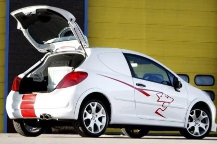 Accesorios deportivos para el Peugeot 207 versión comercial