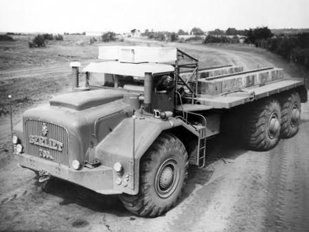 Berliet T100 700