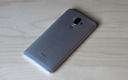 Huawei Mate 9 9