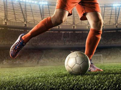 Los trece mejores ejercicios en el gimnasio que te ayudan en la pachanga de fútbol del domingo