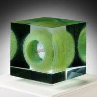 El arte llega en forma de cubos por medio de estas increíbles pinturas ópticas flotantes