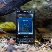 Regreso al Nokia N95: probamos el mítico smartphone que hizo sombra al primer iPhone