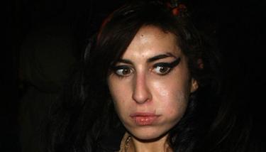 Amy Winehouse enferma de la piel