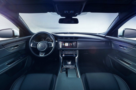 Jaguar Xf 2016 3