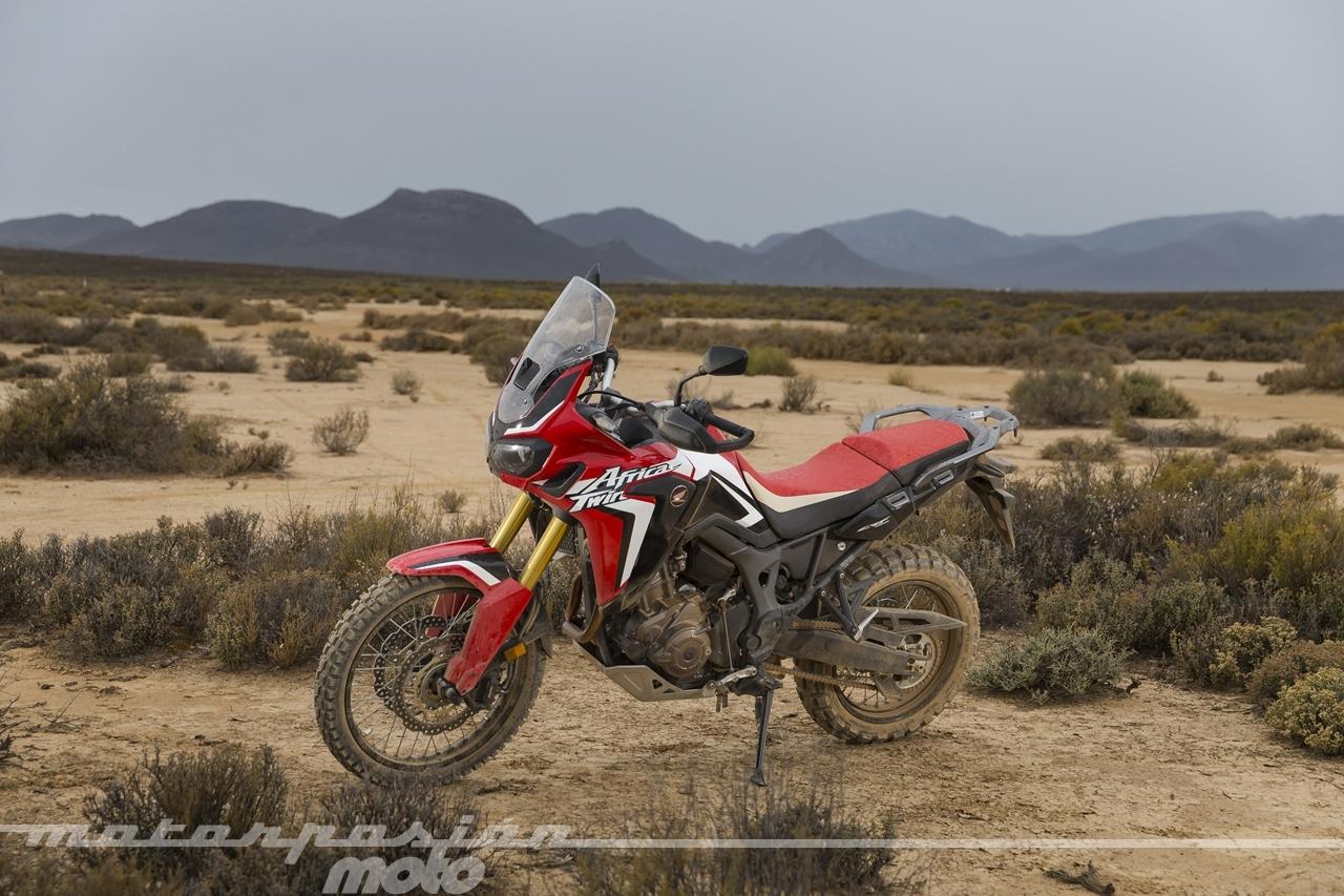 Foto de Honda CRF1000L Africa Twin (49/98)