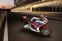 Más llamadas a revisión con el caso Öhlins: Honda CBR1000RR SP, Triumph Daytona 675R y Speed Triple R