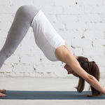 Las claves de la postura del perro boca abajo en Yoga