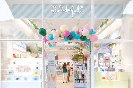 Mr. Wonderful sube su apuesta por las tiendas físicas y abre nueva 'flagship' en Madrid llena de decorados para fotos