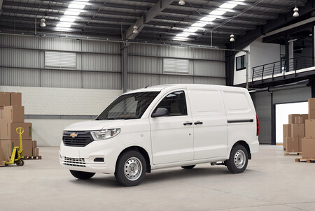 La Chevrolet Tornado Van viene para México: así entrará GM al mercado de las vans pequeñas
