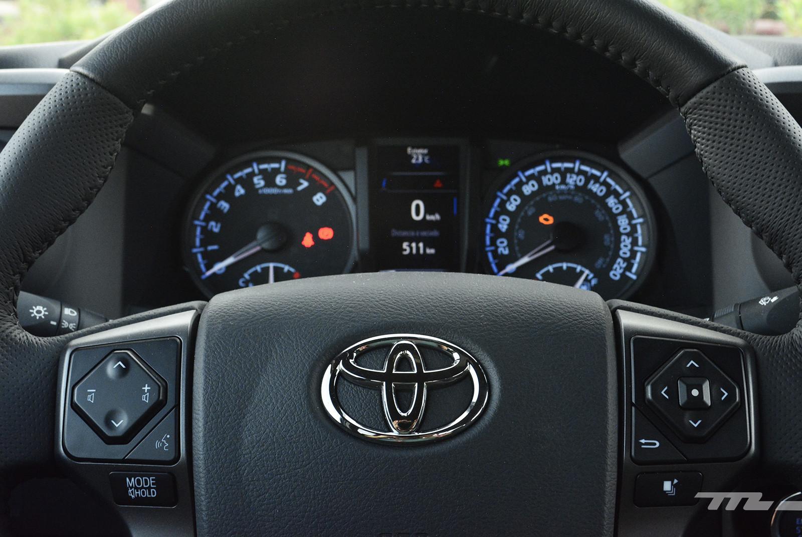 Foto de Toyota Tacoma 2020 (prueba) (21/29)