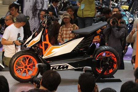KTM, Honda, Yamaha y el Grupo Piaggio se han unido para utilizar las mismas baterías intercambiables en sus motos eléctricas