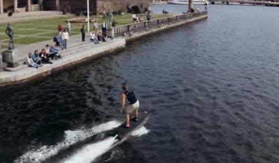 La primera tabla de Surf eléctrica te sorprenderá por su velocidad