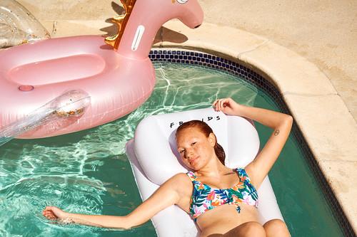 Fiesta en la piscina: 13 accesorios 'low cost' de Primark  que hemos fichado para que no te falte de nada este verano 2019