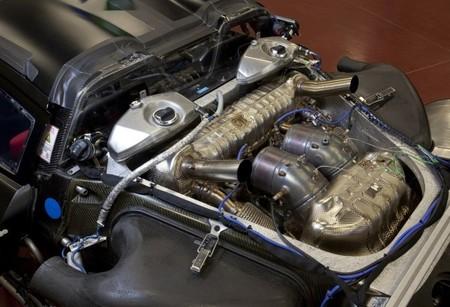 Porsche 918 Spyder motor y escapes