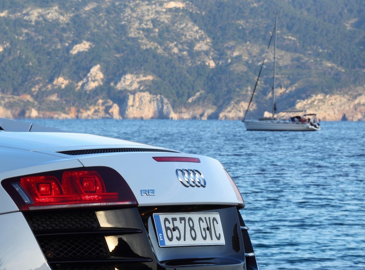Foto de Audi R8 Spyder (49/88)